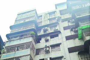震后排查 成都208个在建工程轻微受损
