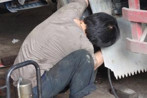 汽车修理工彭广维:开一家自己的汽修店