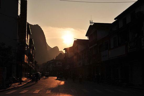 吃喝玩乐在桂林 背包穷游到阳朔