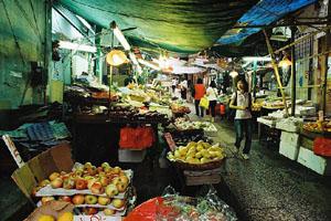 漫步香港街市 体味街坊人情