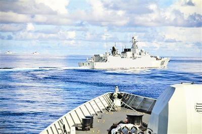 军报披露广州战区多起训练事故:两栖战车沉没