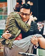 张学友首演父亲抱女演员 回忆初当父亲心情(图)