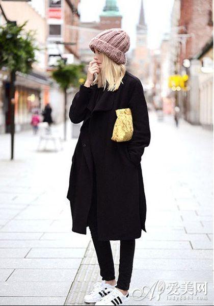 大衣 运动鞋 掀起新一轮混搭风情图片