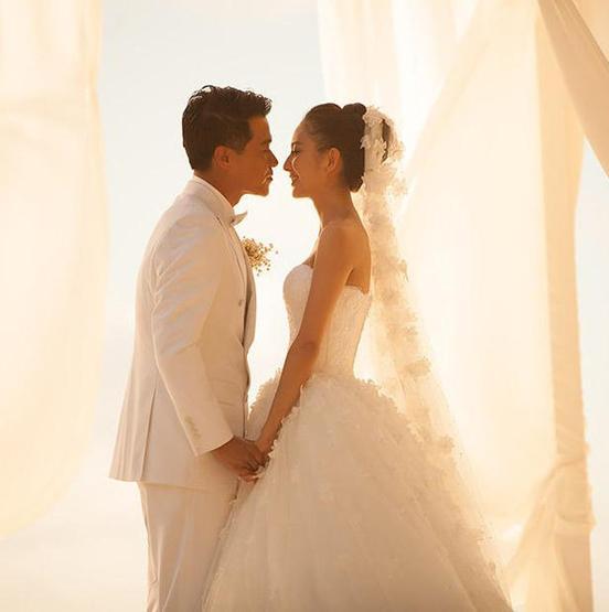 揭秘明星奢华婚礼:婚纱基本免费 赞助五花八门