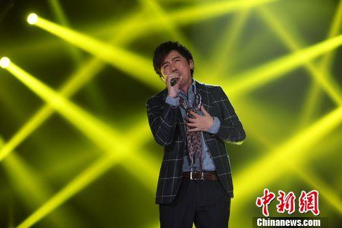 张宇《我是歌手》翻唱周杰伦歌曲《迷迭香》