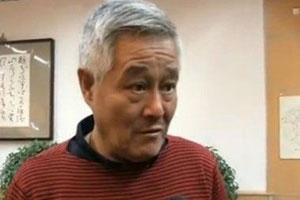 """赵本山接受央视街采 称""""不爱国的人我看不起"""""""