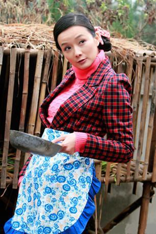 《鲜花盛开的村庄》开播 李梅可演绎风情寡妇