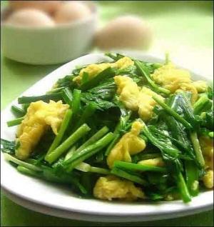 十种吃法让人短命:拿韭菜当伟哥 喝过浓的茶水