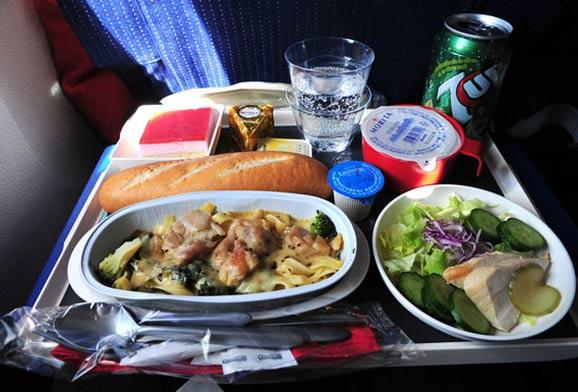西餐的烹饪方式更适合制作飞机餐