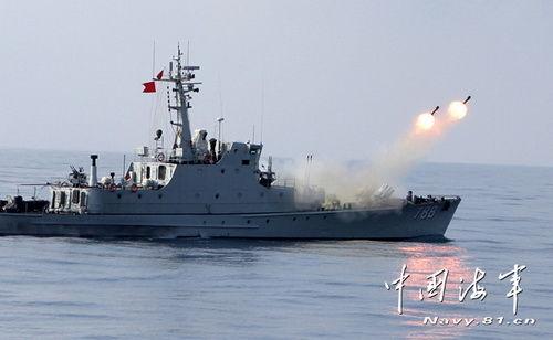 南海舰队某猎潜艇大队进行近似实战化攻防对抗演练