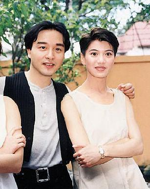 袁咏仪谈与张国荣床戏:他技巧胜很多男人