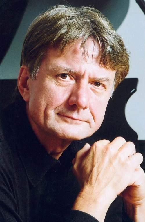 深交邀请德钢琴大师彼德·罗塞尔来深演出