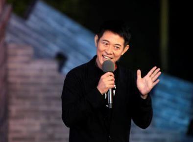 李连杰壹基金陷质疑 被实名指控贪污善款3亿