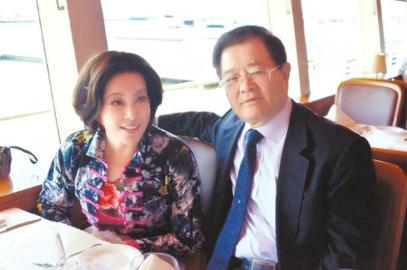 刘晓庆老公首谈妻子:整整追求了她三十年