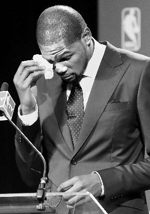 杜兰特感恩数 度落泪:妈妈,你才是真正的MVP