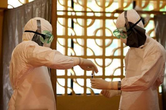 香港再排除疑似埃博拉病例 疫苗明年投入使用