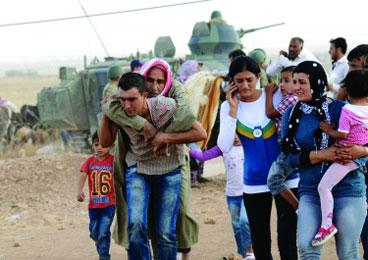 """""""伊斯兰国""""猛攻叙北部 13万难民涌入土耳其"""