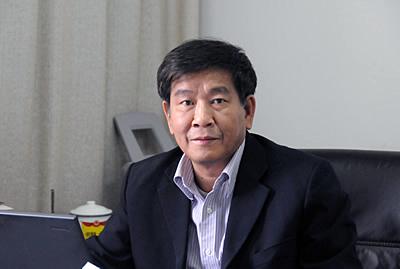 中山大学政治与公共事务管理学院教授,博士生导师 郭巍青