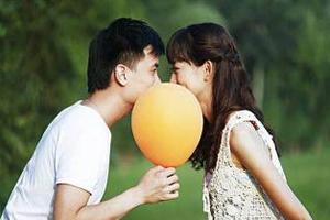 广州70后更能接受婚前性行为 7成单身者接受丁克