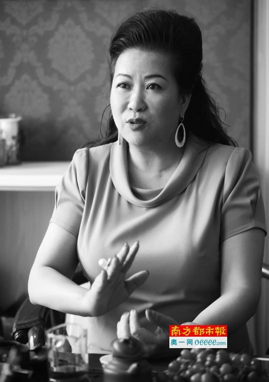 解码东莞霸道女总裁 不喜欢被称作